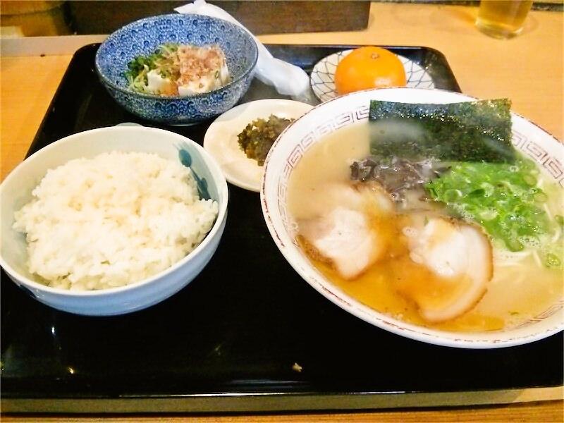 葦善 ラーメン定食