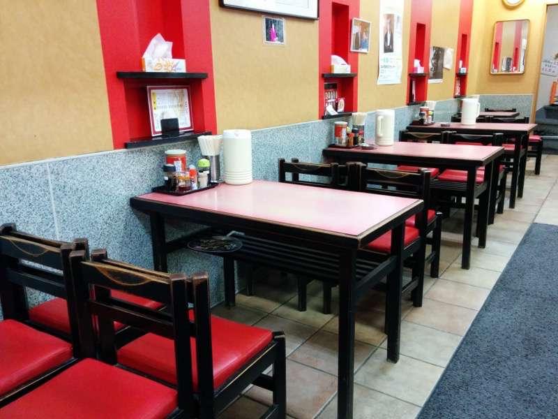 鳳蘭 テーブル席