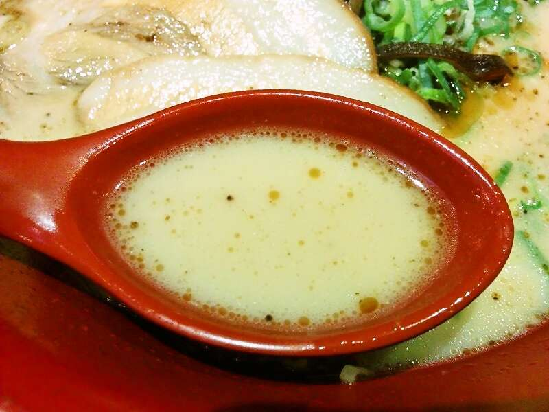 伝統熊本豚骨 伝 スープ