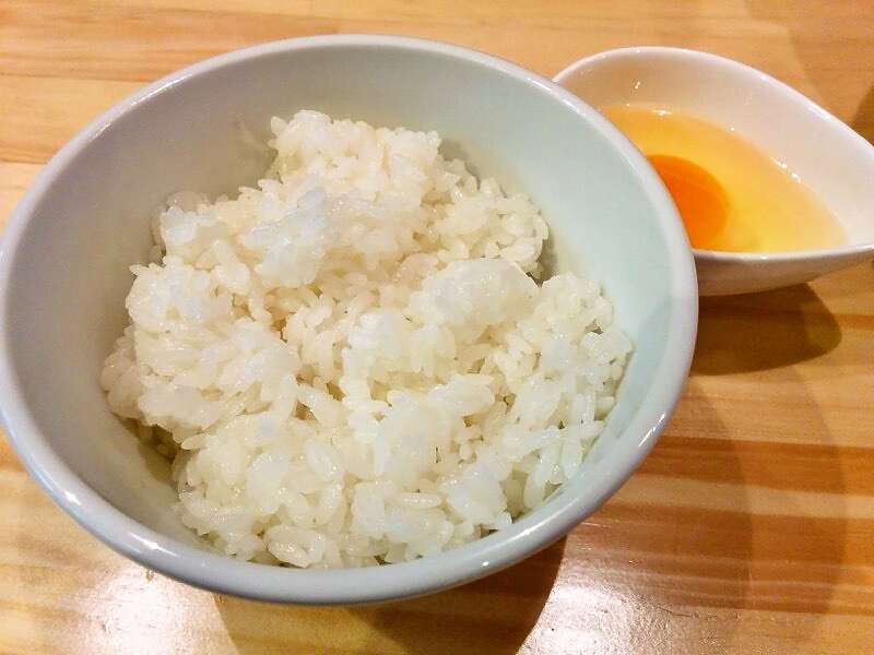 麺ヤ 徳 玉子かけ丼1