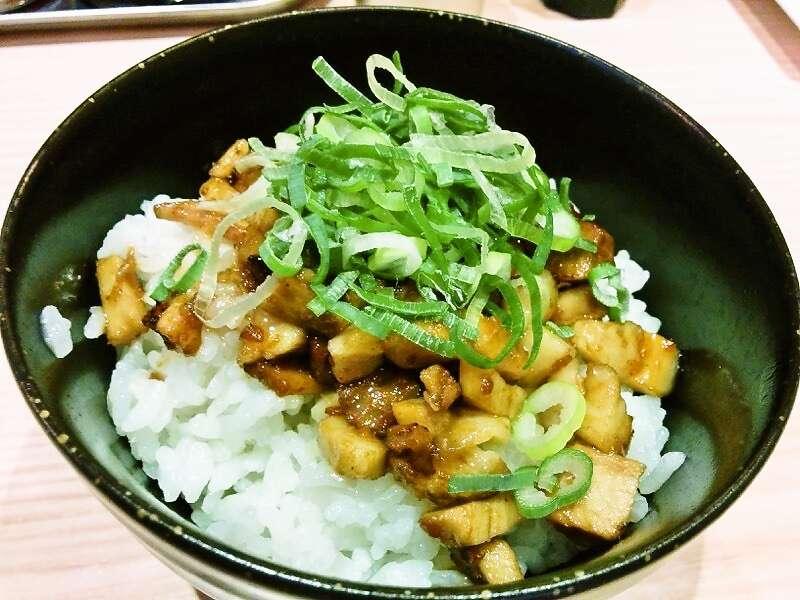 伝統熊本豚骨 伝 炙りチャーシュー丼