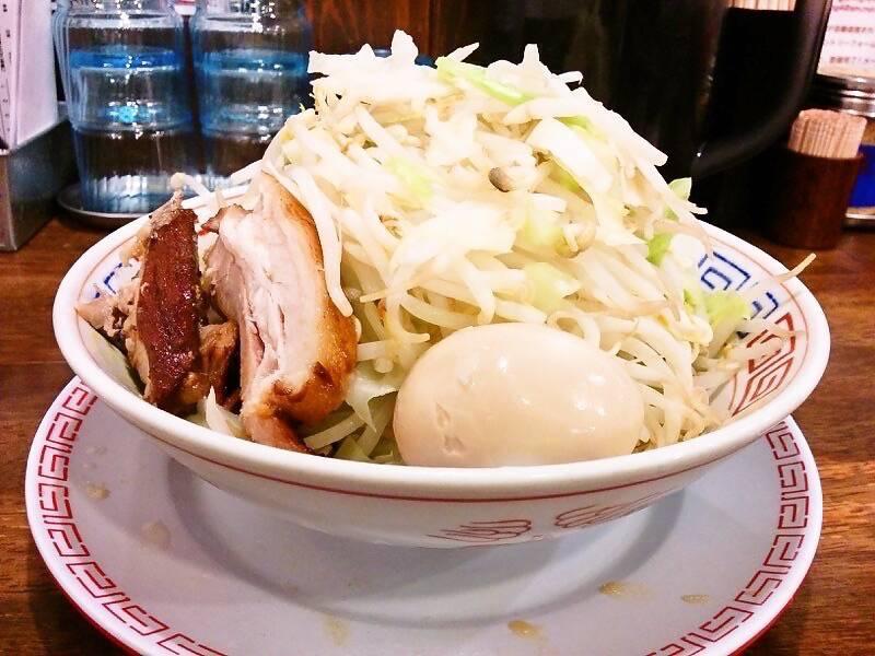 太一商店浜線店 麺と野菜横アングル