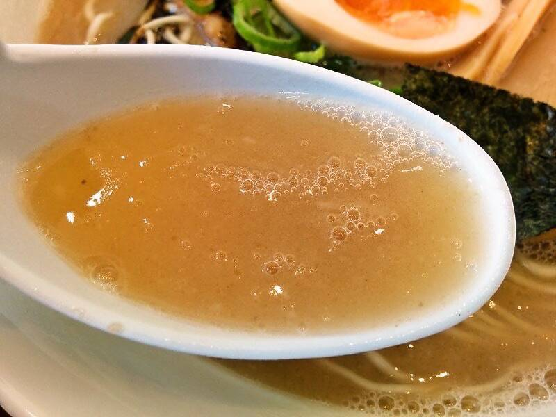 いっぷくラーメン スープ