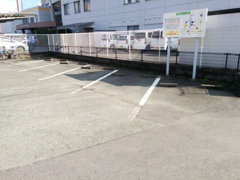 いっぷくラーメン 駐車場