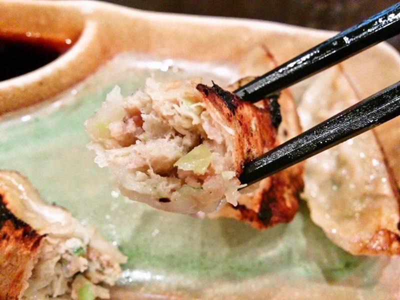 柿の木熊本本店 黒豚ぎょうざリフトアップ