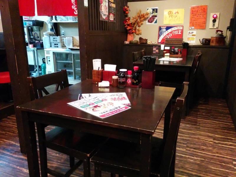 柿の木熊本本店 テーブル席