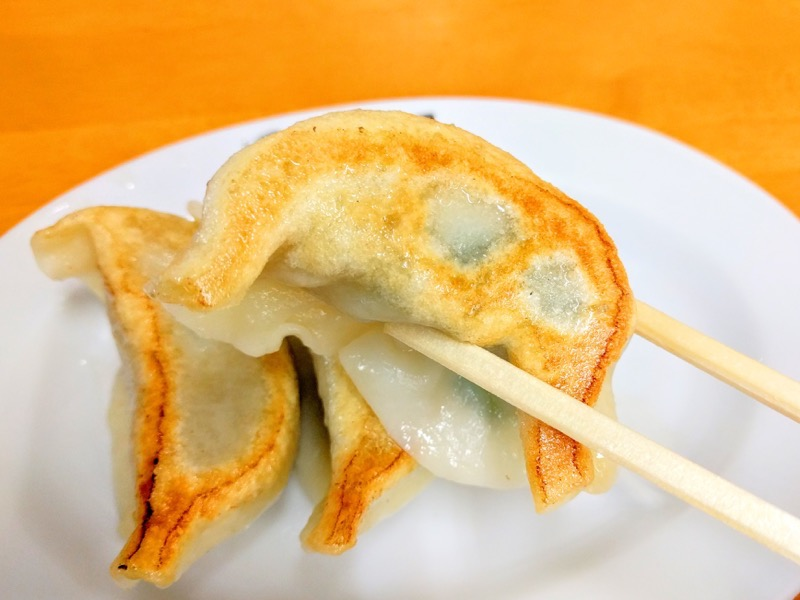田村屋 餃子リフトアップ1