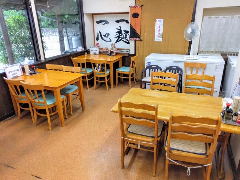 田村屋 テーブル席1