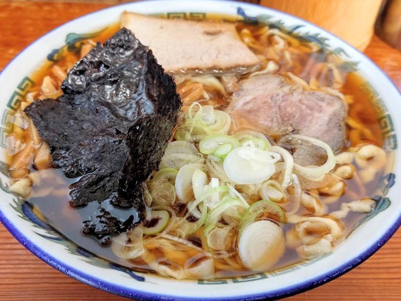 ケンちゃんラーメン酒田本店 中華そば小盛 こい口