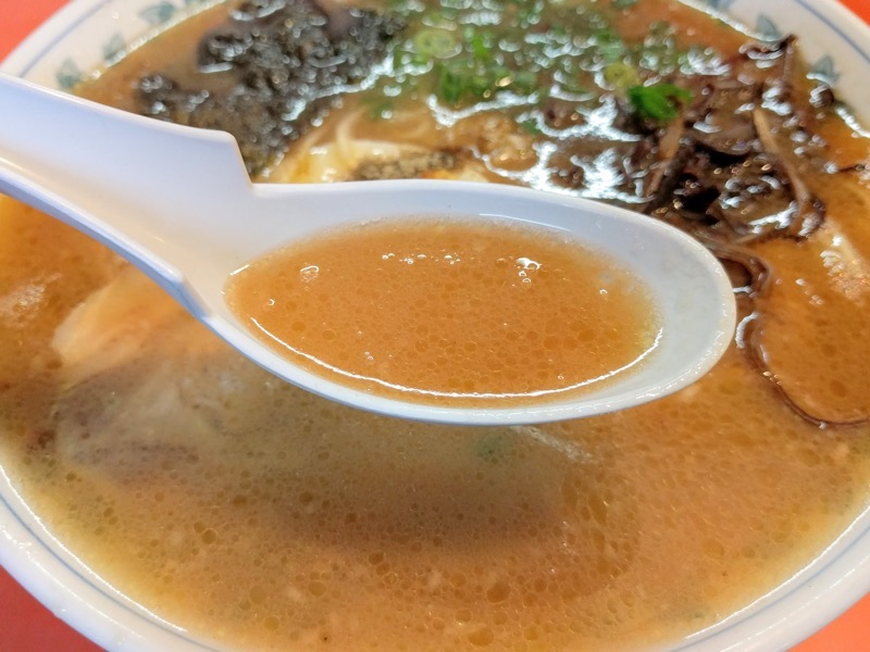 桂仙ラーメン スープ