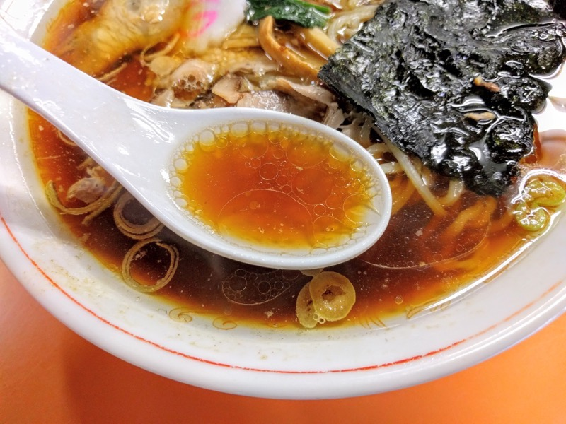 青島食堂宮内駅前店 スープ