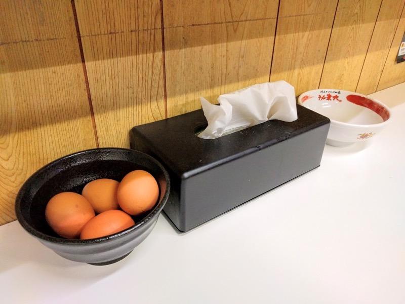 東大本店 生卵