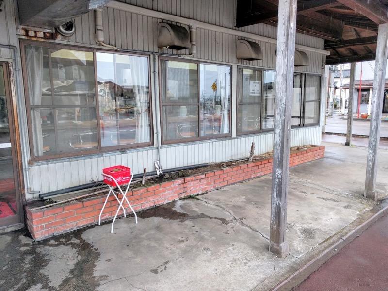 青島食堂宮内駅前店 外観2