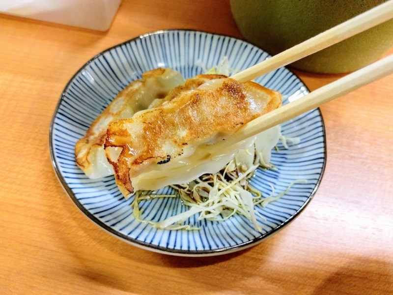 赤のれん和亭 16餃子リフトアップ