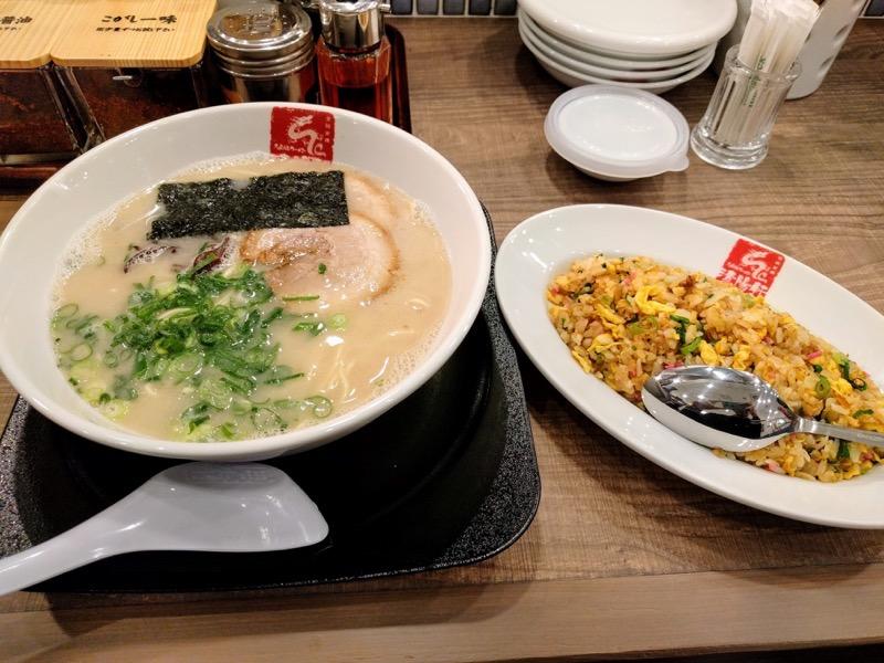 清陽軒イオンモール熊本店 15すっぴんラーメンと久留米焼きめし