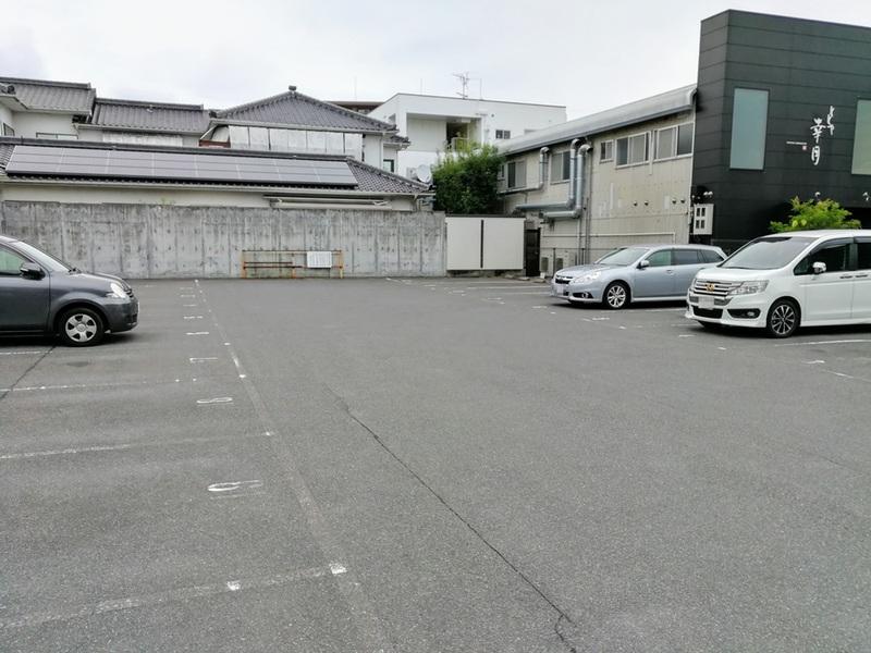 04大駐車場